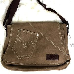 NWT EShow Canvas Purse  Brown